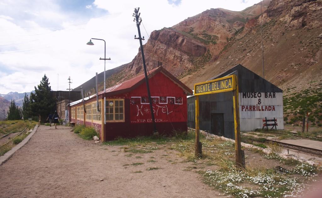 Station in Puente del Inca