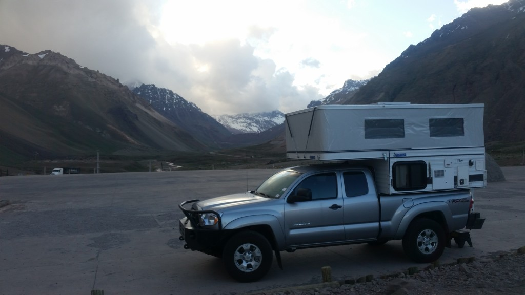 I camped overnight at the admin building parking lot in Aconcagua Provincial Park.