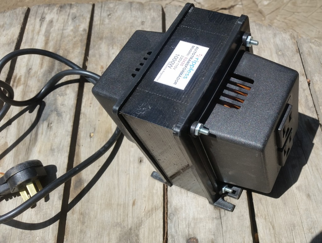 1000 watt transformer 240 volt to 110 volt.