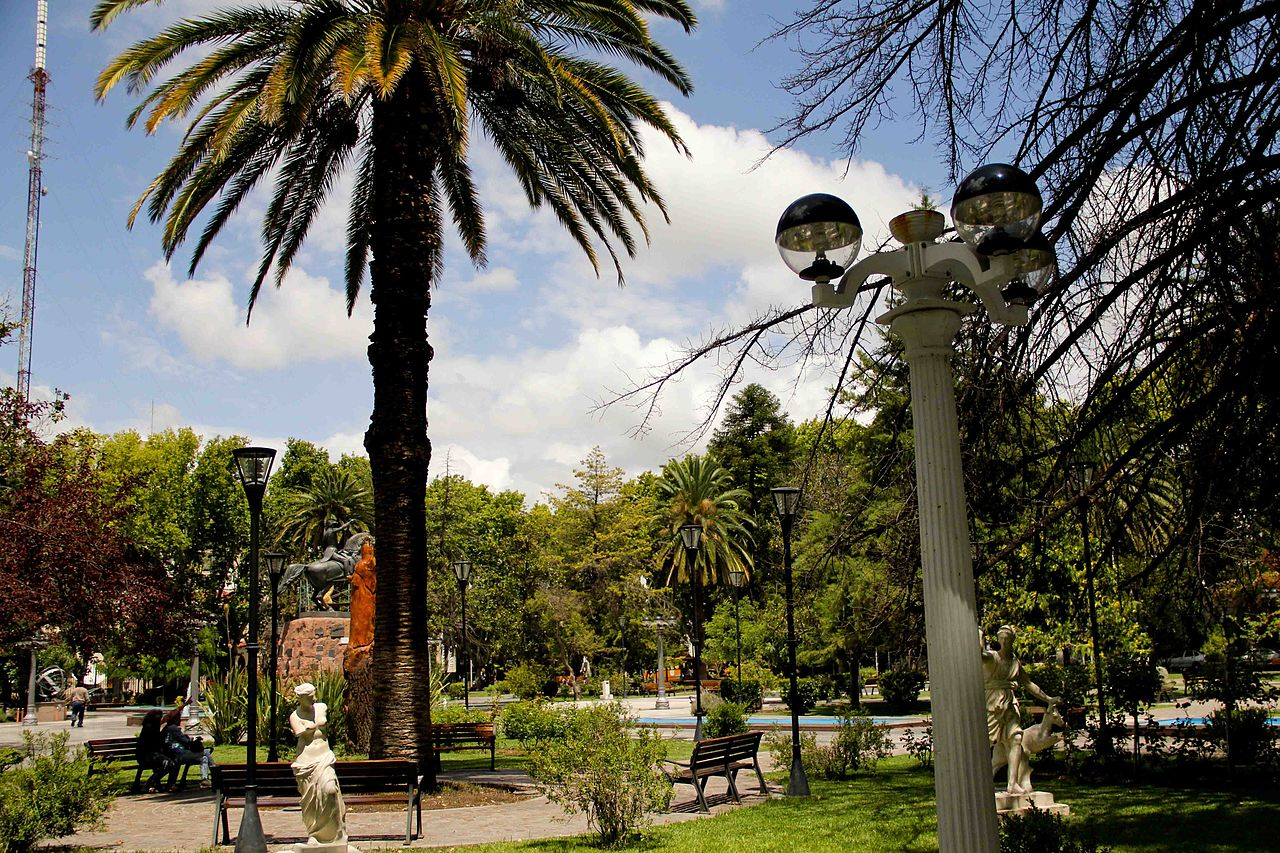 Very nice downtown area in San Rafael, the Plaza San Martin. It seems like every Argentine city has a Plaza San Martin!